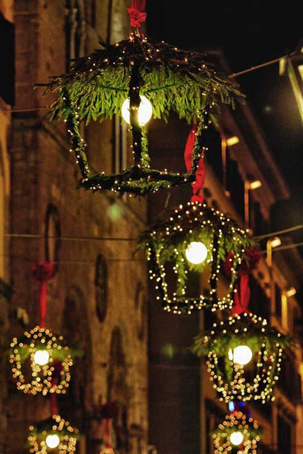 lighted-outdoor-christmas-decorations - Top Outdoor Christmas Decorations Ideas - Christmas Celebration