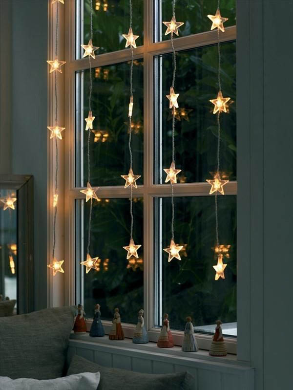 lighted-window-christmas-decorations