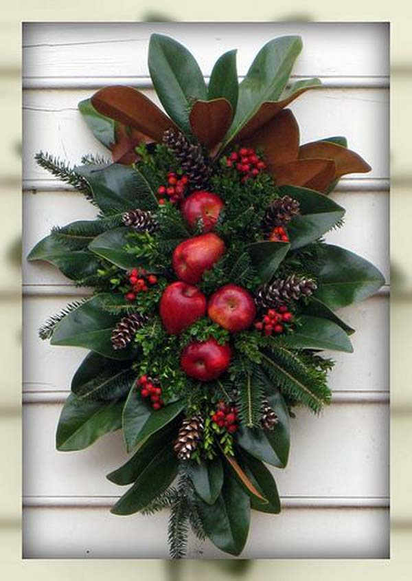 natural christmas wreath decoration