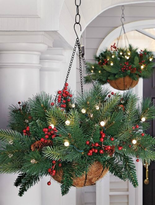 giant ornament planter outdoor christmas decorations - Outdoor Christmas Planter Decorating Ideas
