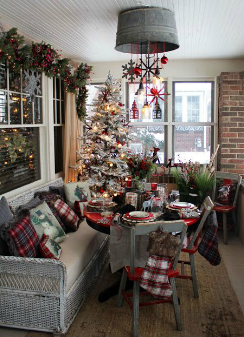 Indoor Rustic Christmas Decorating Idea
