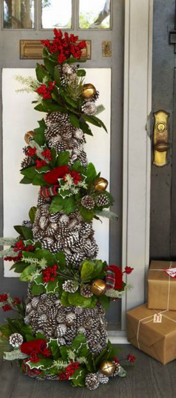 Stunning rustic christmas decorating ideas christmas celebration you can use pinecones for example just stack and stick them together and youll have yourself a uniquely rustic christmas tree solutioingenieria Images