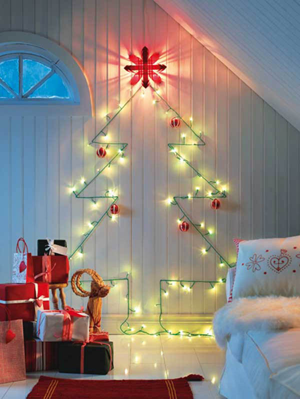 unique-christmas-tree-on-wall-with-lights