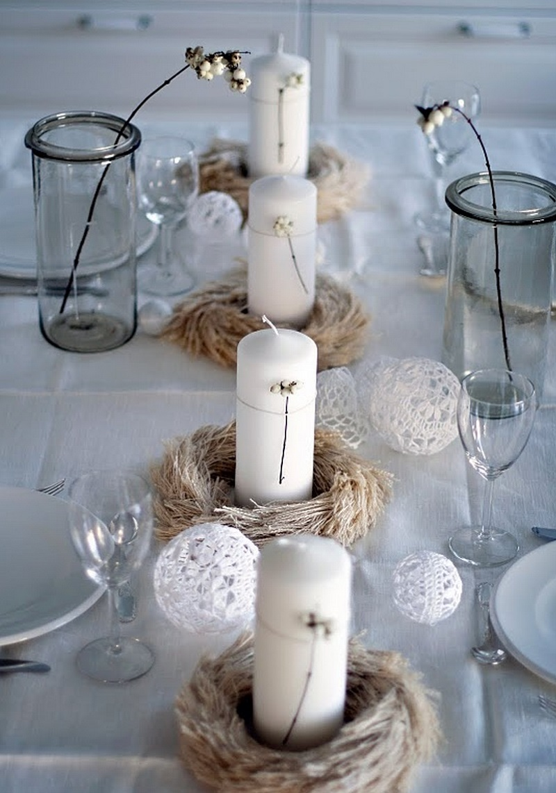 white-Christmas-Candle-Center-piece