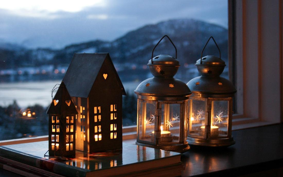 Christmas-lantern-decorations
