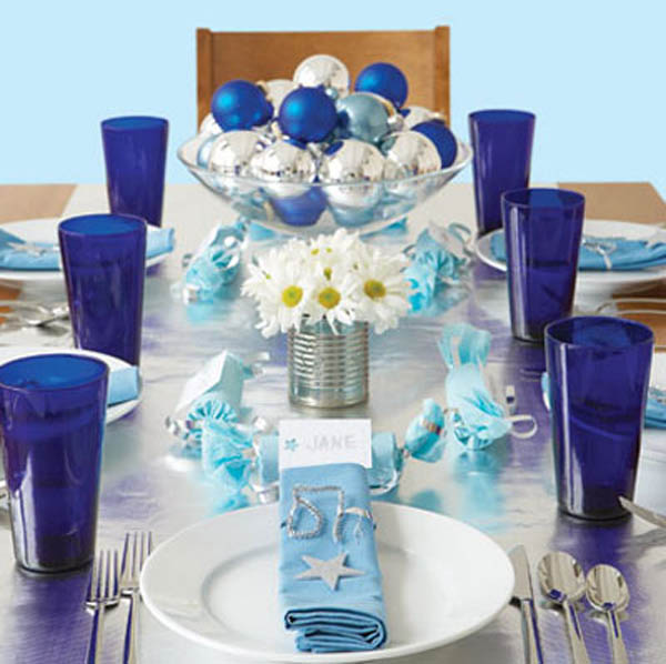 blue-theme-table-christmas-decoration-ideas