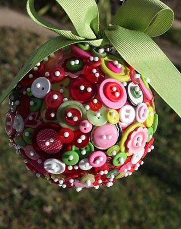 button christmas ornaments ideas - Recycled Christmas Decor