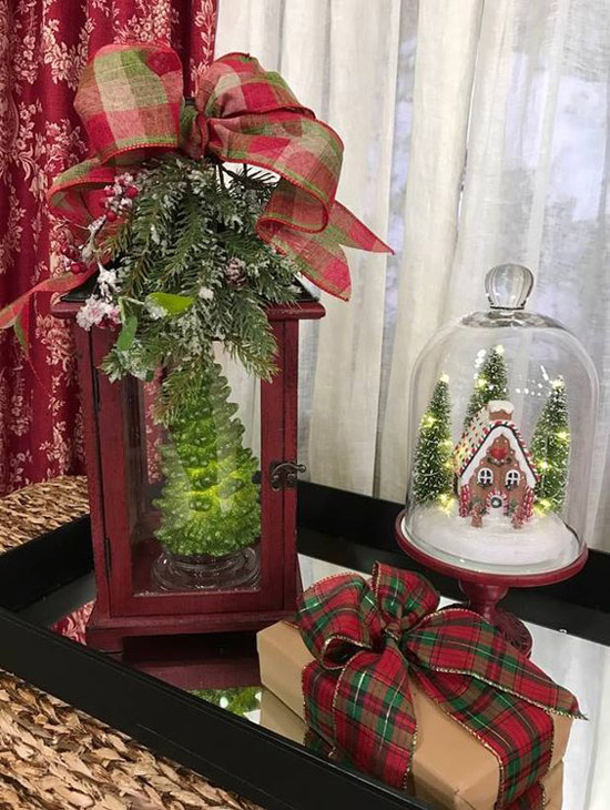 green and red lantern decorations
