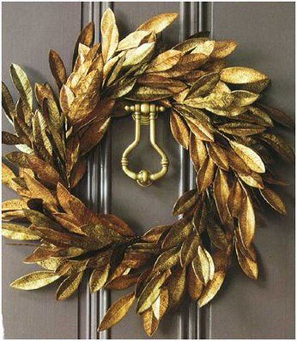 gold-christmas-wreath-decoration