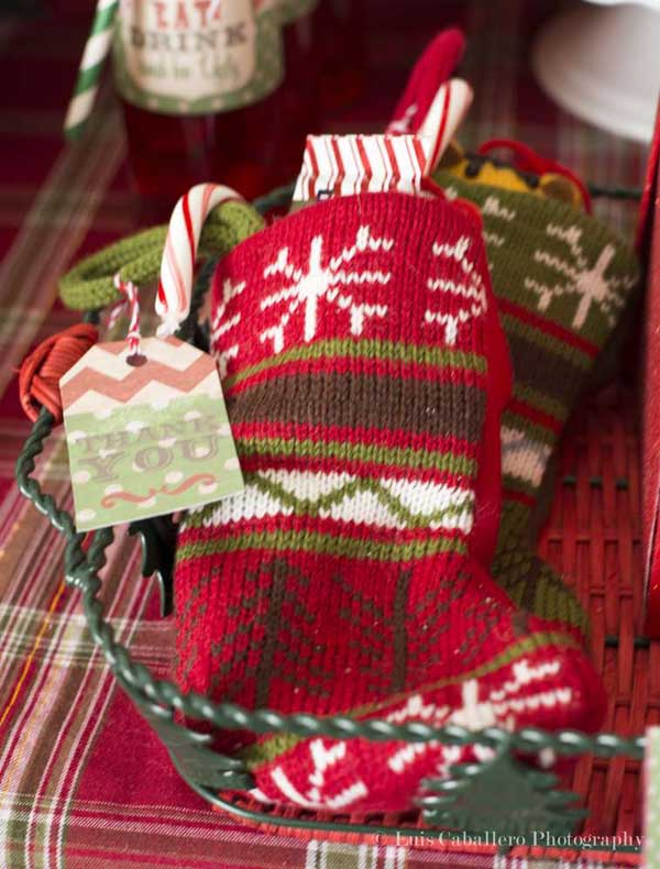 ideas-for-ugly-christmas-sweater-party-favors