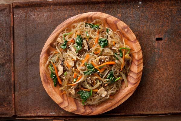 japchae-korean-stir-fried-sweet-potato-noodles