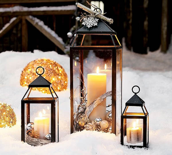 outdoor-christmas-lanterns