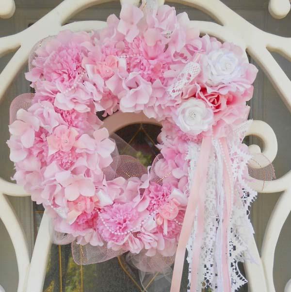 pink-christmas-door-decoration-ideas