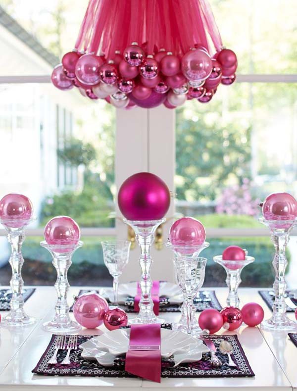 Charming Pink Christmas Table Decoration Ideas