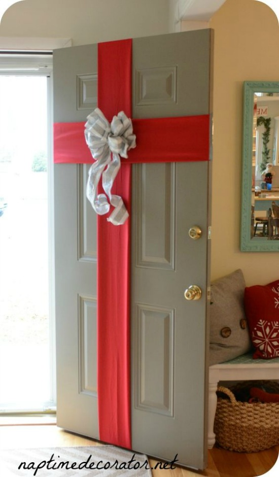 Simple DIY Ribbon Door