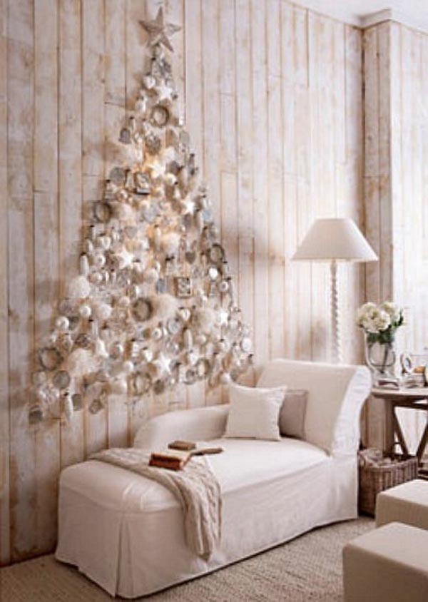 white silver christmas wall decoration
