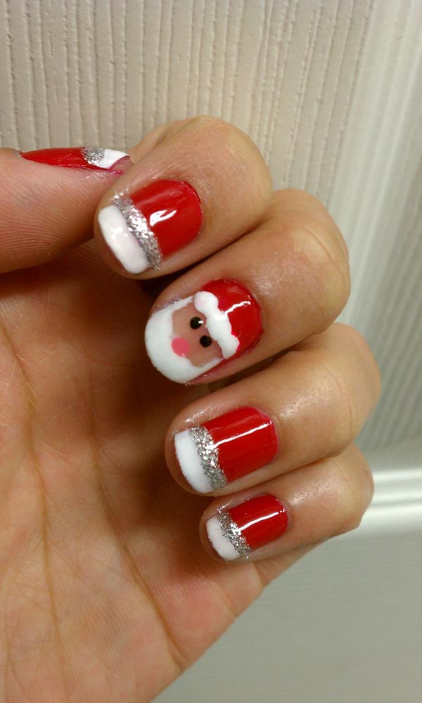cute-christmas-nail-designs