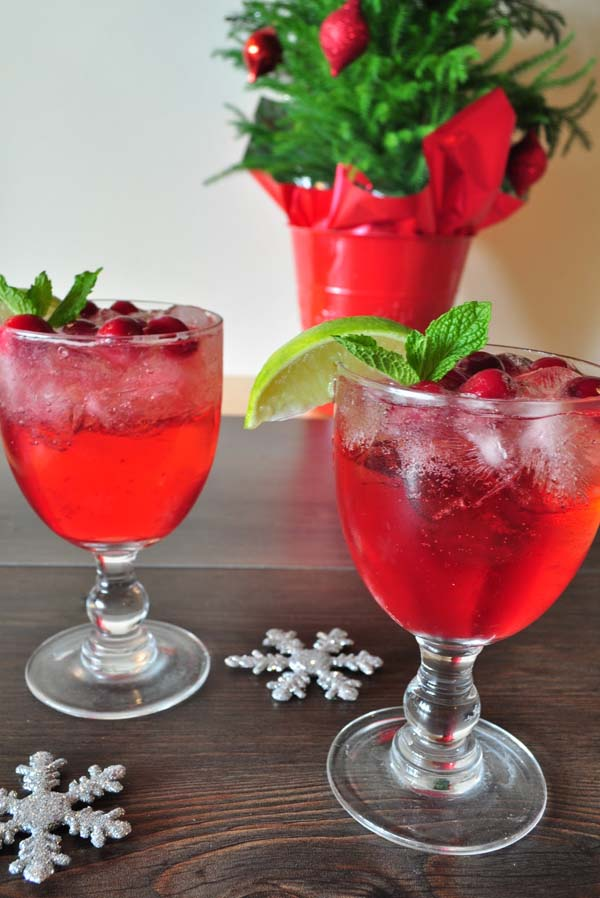 easy-christmas-cocktails-1