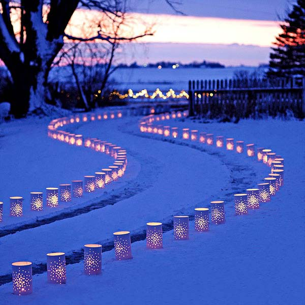 15 dazzling ideas for lighting your surroundings this christmas image source mozeypictures Choice Image