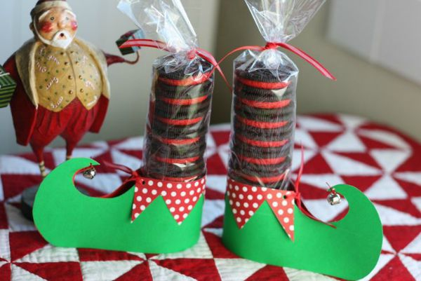 christmas biscuits source source these are perfect party favors