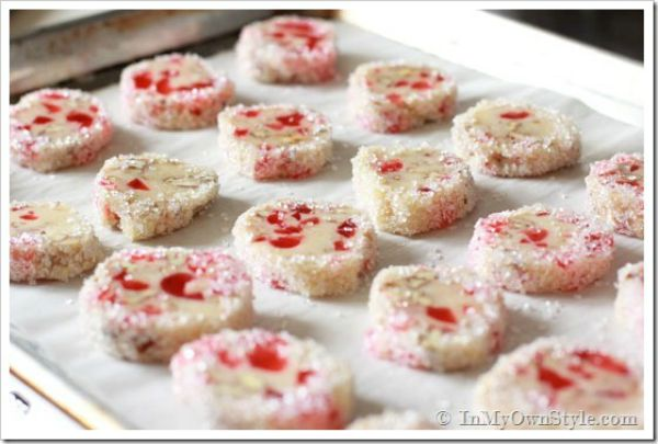 36 Easy Christmas Cookie Recipes To Try This Year - Christmas ...