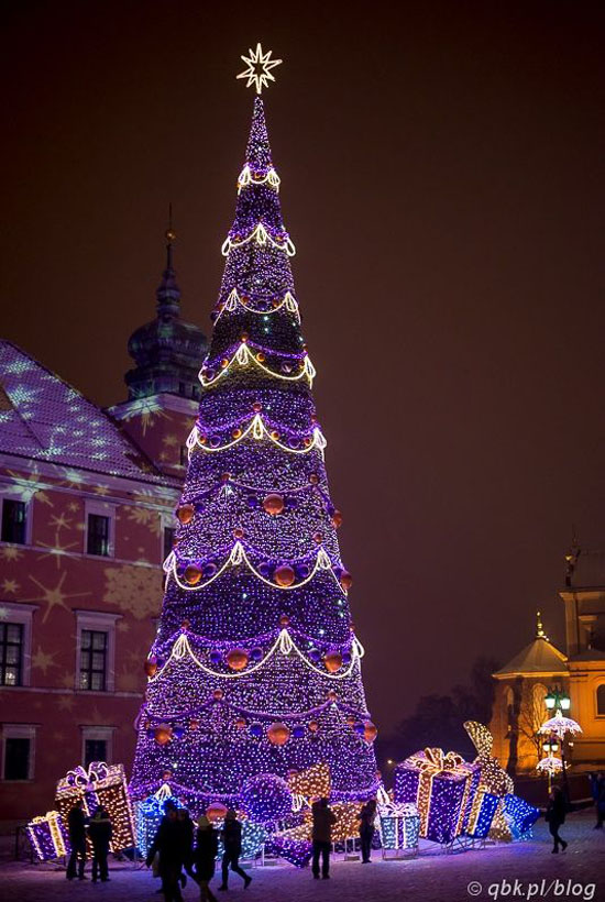 Top purple christmas trees decorations christmas celebration all a giant purple christmas tree made of thousands of purple christmas light simple glorious and splendid solutioingenieria Images
