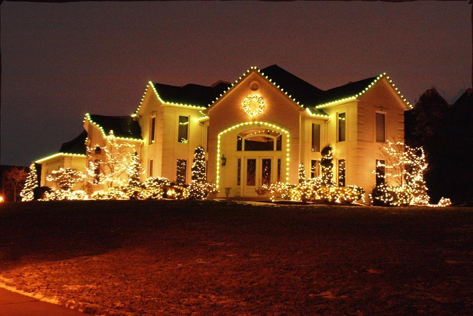 best outdoor christmas light - Exterior Christmas Lights Ideas