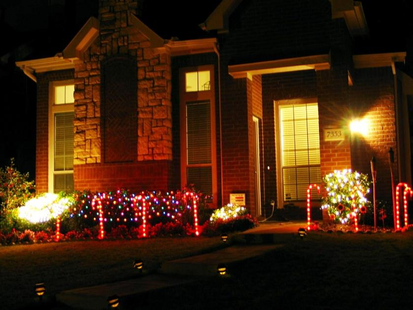 Outdoor-Christmas-Decor-2014