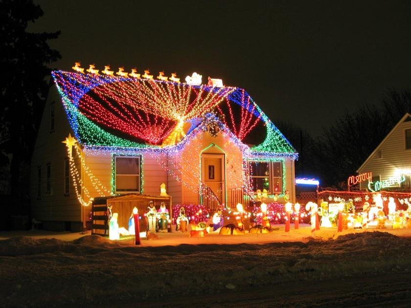 Outdoor-Christmas-Light-Decorating & Outdoor-Christmas-Light-Decorating - Christmas Celebration - All ...