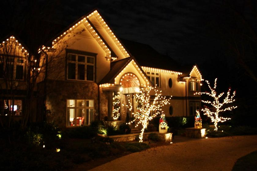 simple outdoor christmas design - Christmas Lights Room Decor