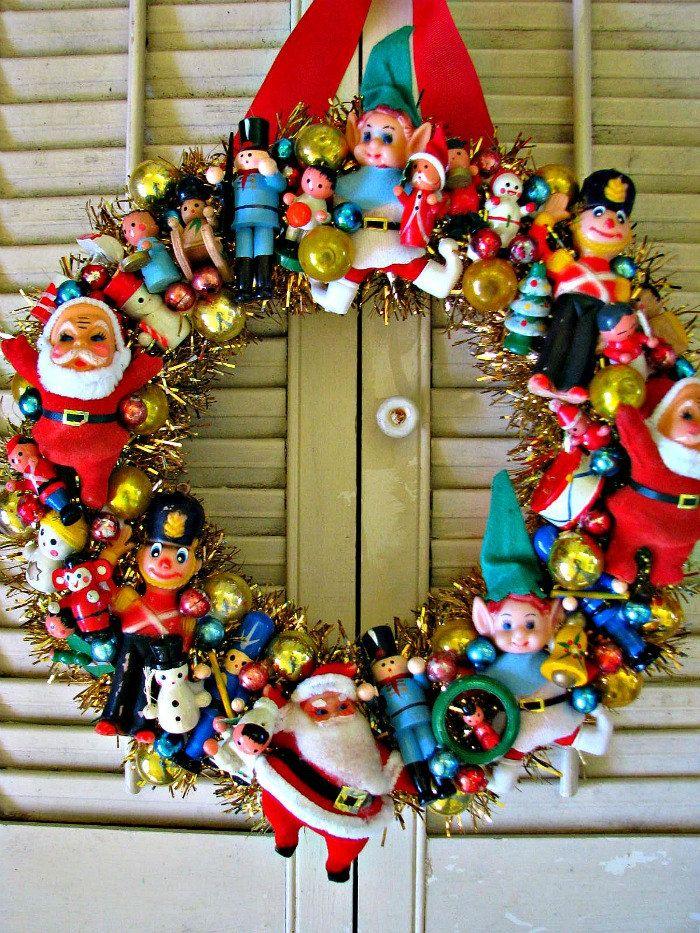Best christmas wreath decoration ideas for christmas 2018 vintage wreath solutioingenieria Gallery