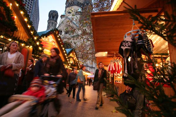Where to Go On A Christmas Day? Check Out Our Top Places ...