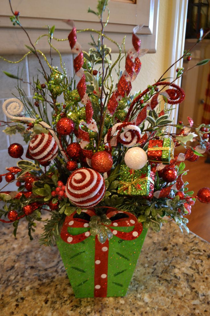 christmas style vase - Christmas Flower Decorations