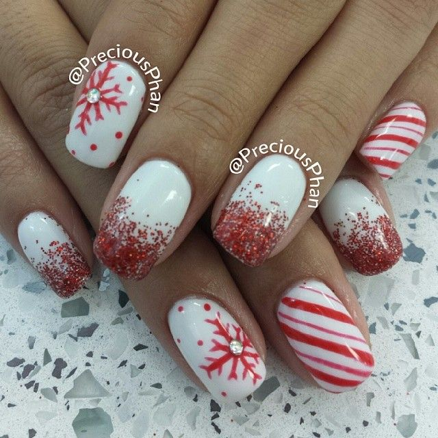 Christmas Designs For Acrylic Nails: 25 Most Beautiful And Elegant Christmas Nail Designs
