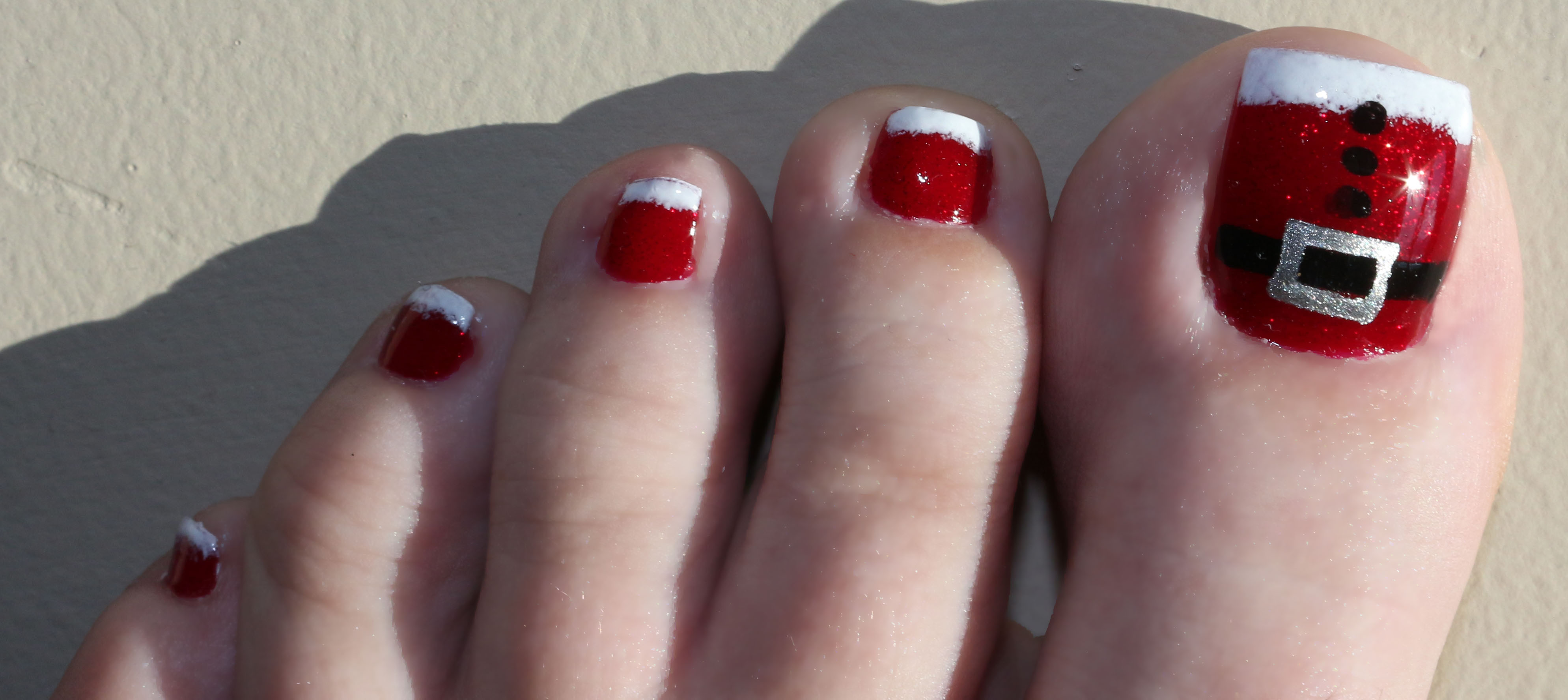 30 Best And Easy Christmas Toe Nail Designs Christmas Celebration