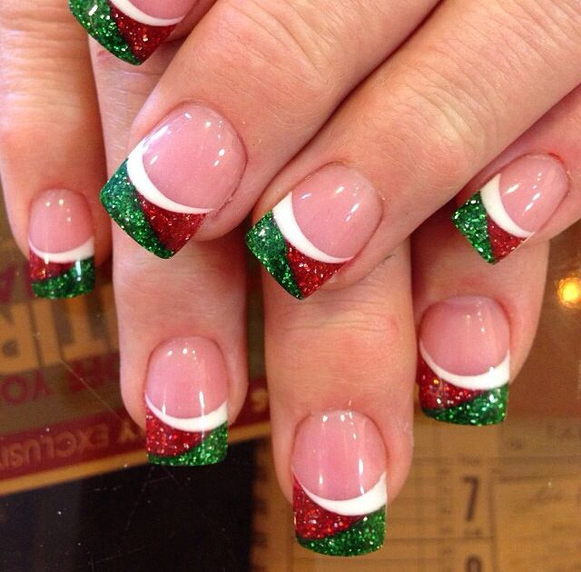 Christmas glittering nails: - 25 Most Beautiful And Elegant Christmas Nail Designs - Christmas