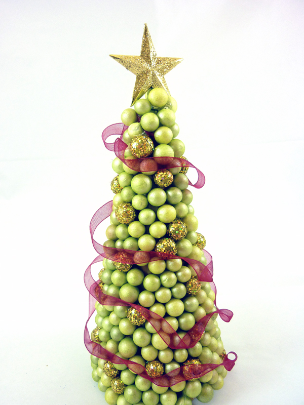 Top 15 Most Innovative Christmas Tree Crafts - Christmas Celebrations