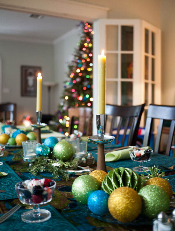 Top christmas table decorations on search engines - Christmas table setting ideas ...
