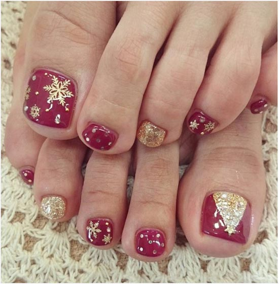 Christmas Toe Nail Designs 5