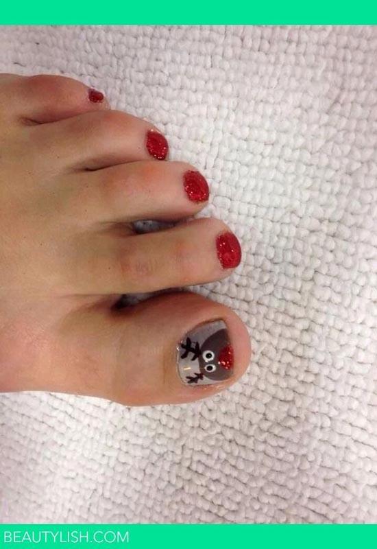 christmas-toe-nail-designs-05
