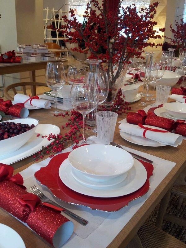 red-christmas-tablescape-christmas
