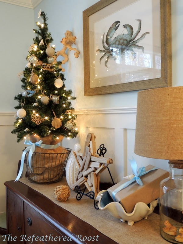 burlap decorated christmas tree source