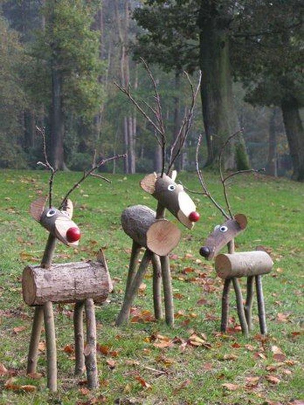 wooden christmas decorations - Wooden Deer Christmas Decorations