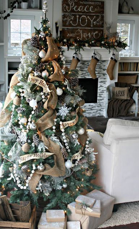 most-beautiful-christmas-trees-14
