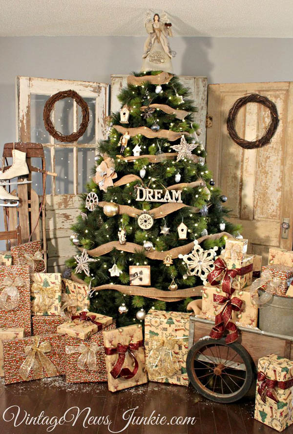 most-beautiful-christmas-trees-44