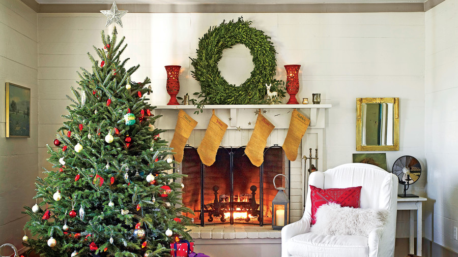 Simple Christmas Mantel Decorating Ideas - Top Christmas Mantel Decorations - Christmas Celebration - All About
