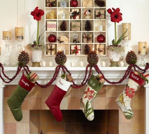 Top Christmas Mantelpiece Decorations Ideas Christmas - Fireplace mantel christmas decorating ideas