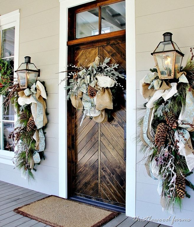 source - Christmas Front Door Decor