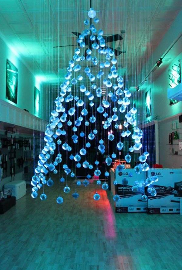 alternative-christmas-tree-decorating-ideas
