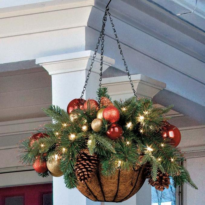 battery operated hanging basket - Battery Powered Christmas Decorations